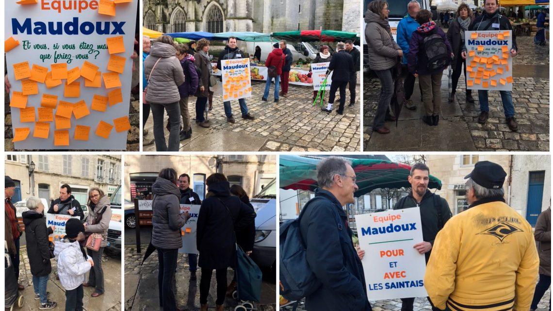Consultation citoyenne au marché Saint-Pierre de Saintes ce matin.